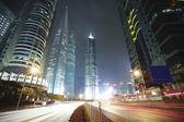 Horizonte de la arquitectura moderna de la ciudad de shangai — Foto de Stock