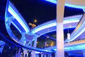 Szanghaj wiadukt autostrady miejskie wiadukt w nocy — Zdjęcie stockowe