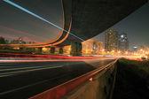 Autobahnbrücke bei nacht — Stockfoto