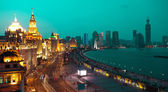 Bird view at Shanghai Bund European-style buildings of night — ストック写真
