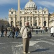 Elderly tourist in Rome — Stock Photo