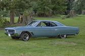 Retro classic car Buick — Stock Photo