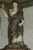 St Peter statue — Stock Photo