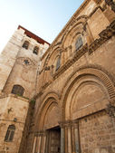 Main entrance to the Church of Holy Sepulchre. Jerusalem — Stockfoto