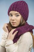Pretty girl in winter portrait — Stock Photo