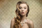 Sensual fashion aristocratic girl — Stock Photo