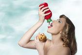 Sensual girl with ketchup  — Stock Photo
