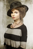 Fashion girl with lovely hat  — Stock Photo