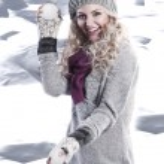Winter fashion beauty girl — Stock Photo #7304081