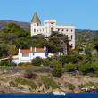 Mansion by the sea — Stockfoto