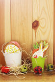 Easter cookies and eggs — Stock Photo