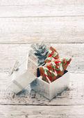 Ginger snaps in silver gift box — Foto Stock