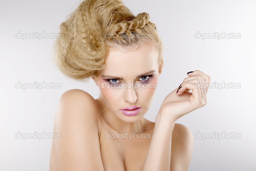 Young pretty woman with beautiful blond hairs and multicolor makeup isolated on white background — Stok fotoğraf #12532050