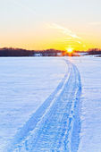 Snow way to the sun — Stock Photo