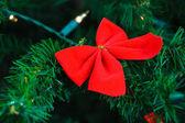 Farfalla appeso a un albero di natale — Foto Stock