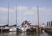Sailing ships in the harbour of Marken — Stock Photo