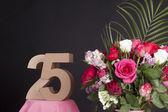 Happy birthday with roses — Stock fotografie
