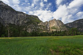 Upper and Lower Yosemite Falls — Stock Photo