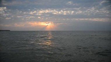 Piękny zachód słońca — Wideo stockowe