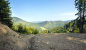 Sommaren bergslandskap — Stockfoto