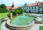 Castle Pruhonice or Pruhonicky zamek summer view (Prague, Czech) — Stock Photo
