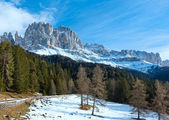 Beautiful winter rocky mountain landscape (Great Dolomites Road) — Stockfoto