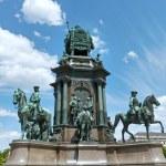 Maria Theresa Monument in Vienna, Austria. — Stock Photo