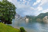 Traunsee summer lake (Austria). — Stock Photo