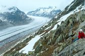 Great Aletsch Glacier (Bettmerhorn, Switzerland) and children. — Stock Photo