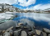 Alp dağ gölü — Stok fotoğraf