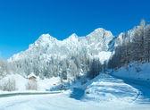 Ochtend winter alpenroute. — Stockfoto