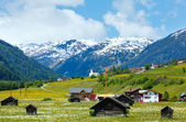 Letní alpské země pohled — Stock fotografie