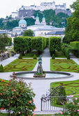 Summer Gardens of Mirabell Palace (Salzburg, Austria) — Stock Photo