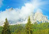 Dolomiten sommer sonnenschein bergblick — Stockfoto