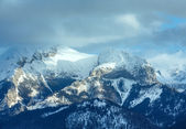 Winter mountain landscape (Slovakia, High Tatras). — Stock Photo