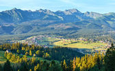 Summer mountain village view (Poland) — Stockfoto