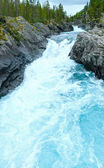Summer mountain river (Norge). — Stock Photo
