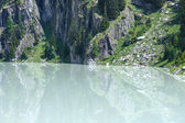 Summer mountain canyon and dam (Alps, Switzerland) — Stock Photo