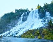Summer waterfall on mountain slope (Norway). — ストック写真