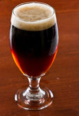 Half red ale half stout — Stock Photo
