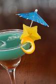 蓝色夏威夷热带鸡尾酒 — 图库照片