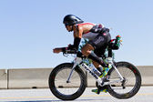 Billy Flores in the Coeur d' Alene Ironman cycling event — Stock Photo