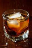 Rum and cola — Stock Photo