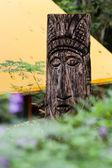 Nativo de escultura em madeira — Fotografia Stock