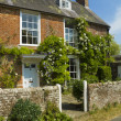 English cottage — Stock Photo