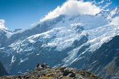 Beautiful view during walk to glacier in Mount Cook National Park, South Island, New Zealand — Foto de Stock
