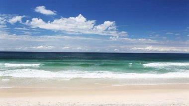 Ocean waves at the Gold Coast beach Australia — Stock Video #13900279