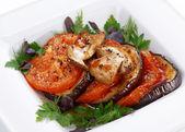 Tomate e berinjela frita — Fotografia Stock