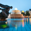 London Trafalgar square fountains at nighttime — Stock Photo #12460542
