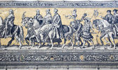 """Fragment of a tiled wall panel """"Procession of Princes"""" in Dresden — Stock Photo"""